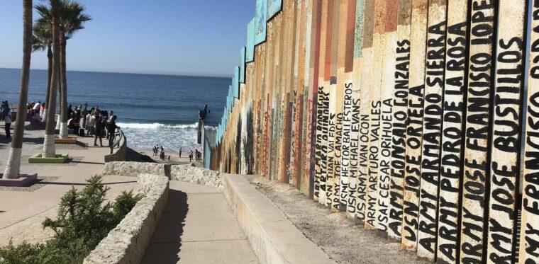 3 popular hotels in Tijuana